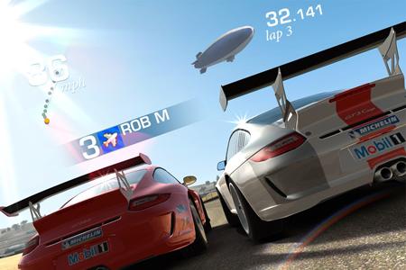 В преддверии выхода Real Racing 3, EA выпустил новое геймплей видео гонок